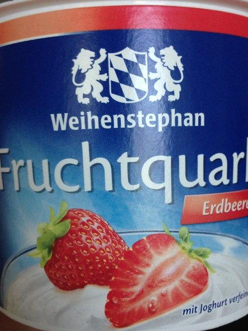 Fruchtquark mit Erdbeeren, 500g