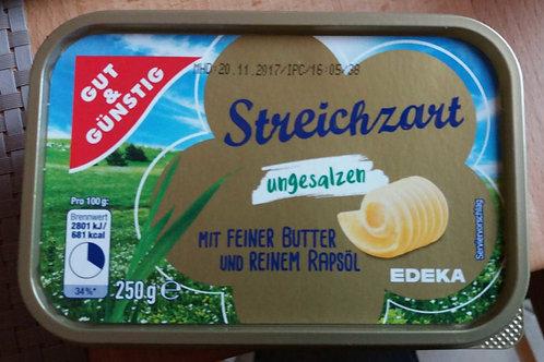 Margarine mit Butter streichzart, 250g
