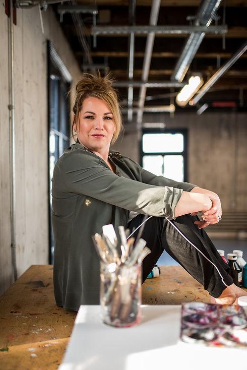 Aro Artiste Peintre dans les médias Canadian artist Aro famous artist