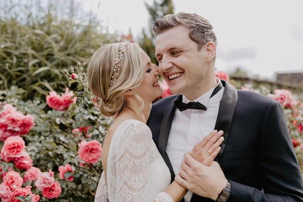 Hochzeitsfotograf_Köln_Bonn_Euskirchen_Mechernich_Burghof_Kommern_24.jpg