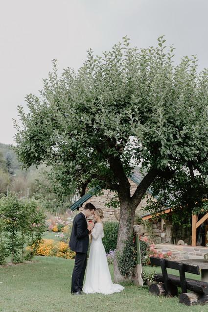 Hochzeitsfotograf_Köln_Bonn_Euskirchen_Mechernich_Burghof_Kommern_30.jpg