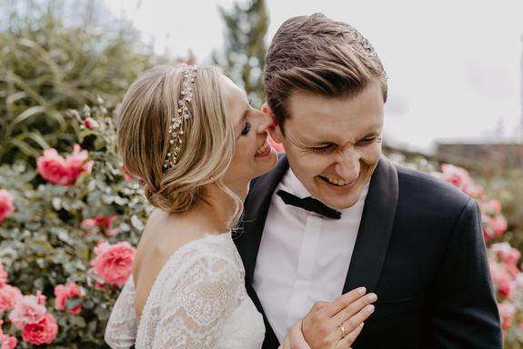 Hochzeitsfotograf_Köln_Bonn_Euskirchen_Mechernich_Burghof_Kommern_23.jpg