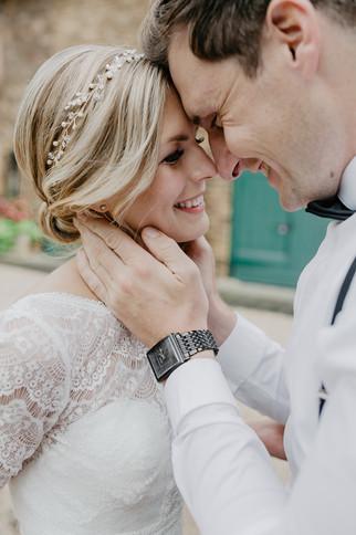 Hochzeitsfotograf_Köln_Bonn_Euskirchen_Mechernich_Burghof_Kommern_34.jpg