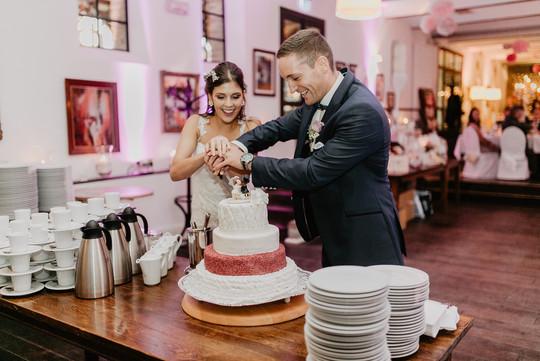 Hochzeitsfotograf_Köln_Bonn_Euskirchen_Burg_Flamersheim49.jpg