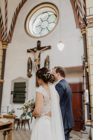 Hochzeitsfotograf_Köln_Bonn_Euskirchen_Burg_Lüftelberg_046.jpg