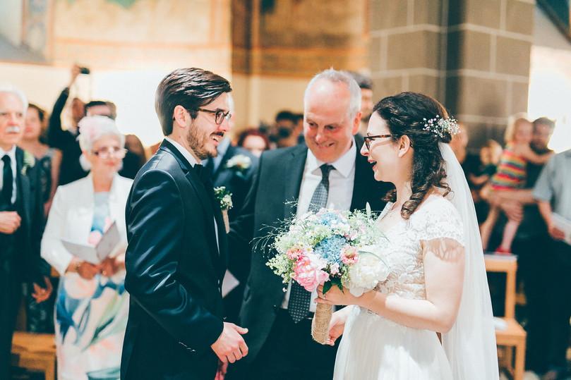 Hochzeitsfotograf_Köln_Bonn_Burg_Heimerzheim_25.jpg