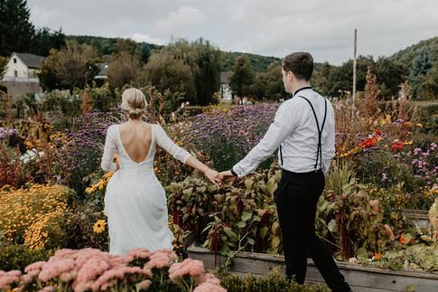 Hochzeitsfotograf_Köln_Bonn_Euskirchen_Mechernich_Burghof_Kommern_40.jpg