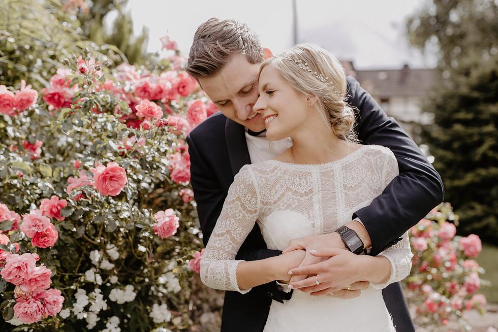 Hochzeitsfotograf_Köln_Bonn_Euskirchen_Mechernich_Burghof_Kommern_20.jpg