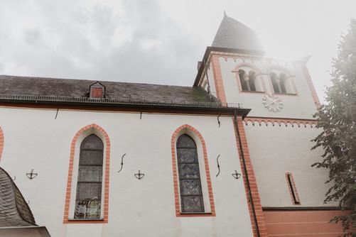 Hochzeitsfotograf_Köln_Bonn_Euskirchen_Burg_Lüftelberg_037.jpg