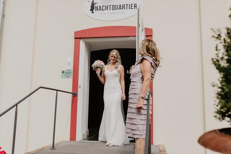 Hochzeitsfotograf_Köln_Bonn_Euskirchen_Burg_Flamersheim_036.jpg