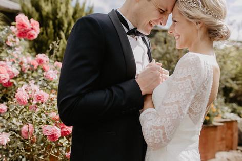 Hochzeitsfotograf_Köln_Bonn_Euskirchen_Mechernich_Burghof_Kommern_19.jpg