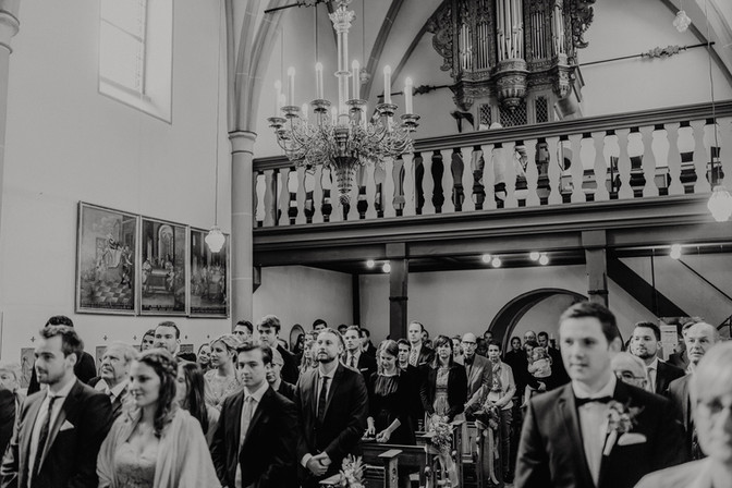 Hochzeitsfotograf_Köln_Bonn_Euskirchen_Burg_Lüftelberg_045.jpg