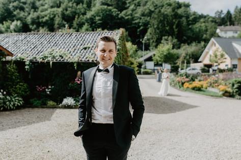 Hochzeitsfotograf_Köln_Bonn_Euskirchen_Mechernich_Burghof_Kommern_16.jpg