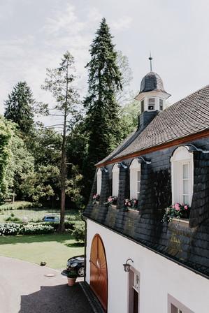 Hochzeitsfotograf_Köln_Bonn_Euskirchen_Schloss_Auel_053.jpg