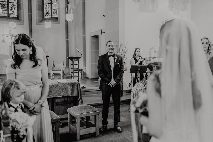Hochzeitsfotograf_Köln_Bonn_Euskirchen_Burg_Flamersheim29.jpg