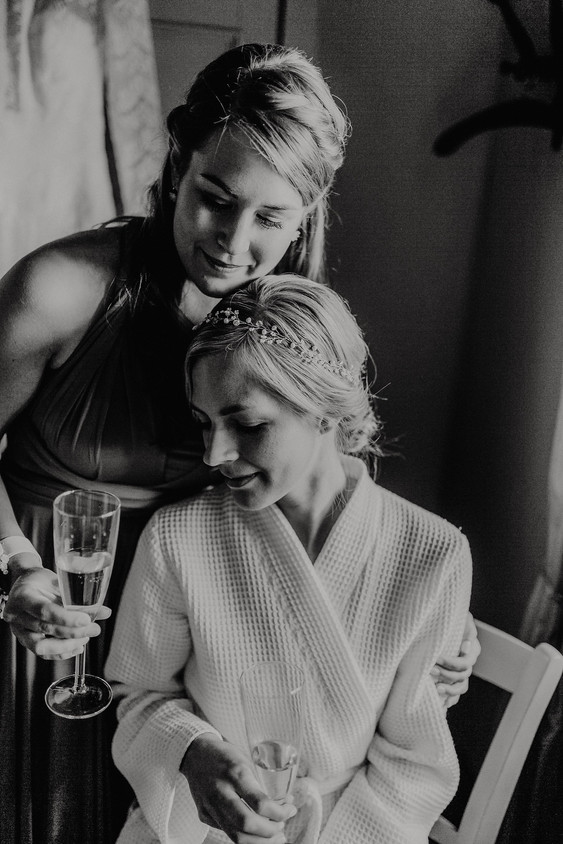 Hochzeitsfotograf_Köln_Bonn_Euskirchen_Mechernich_Burghof_Kommern_06.jpg