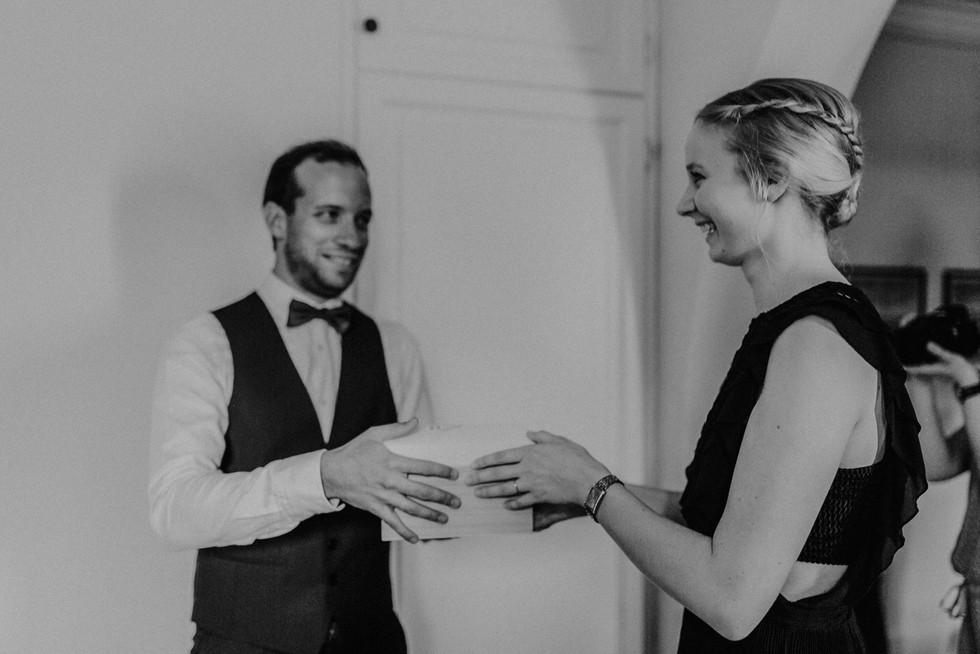 Hochzeitsfotograf_Köln_Bonn_Euskirchen_Schloss_Auel_033.jpg