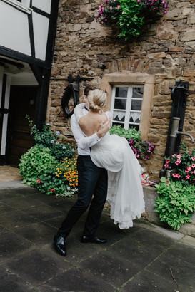 Hochzeitsfotograf_Köln_Bonn_Euskirchen_Mechernich_Burghof_Kommern_39.jpg