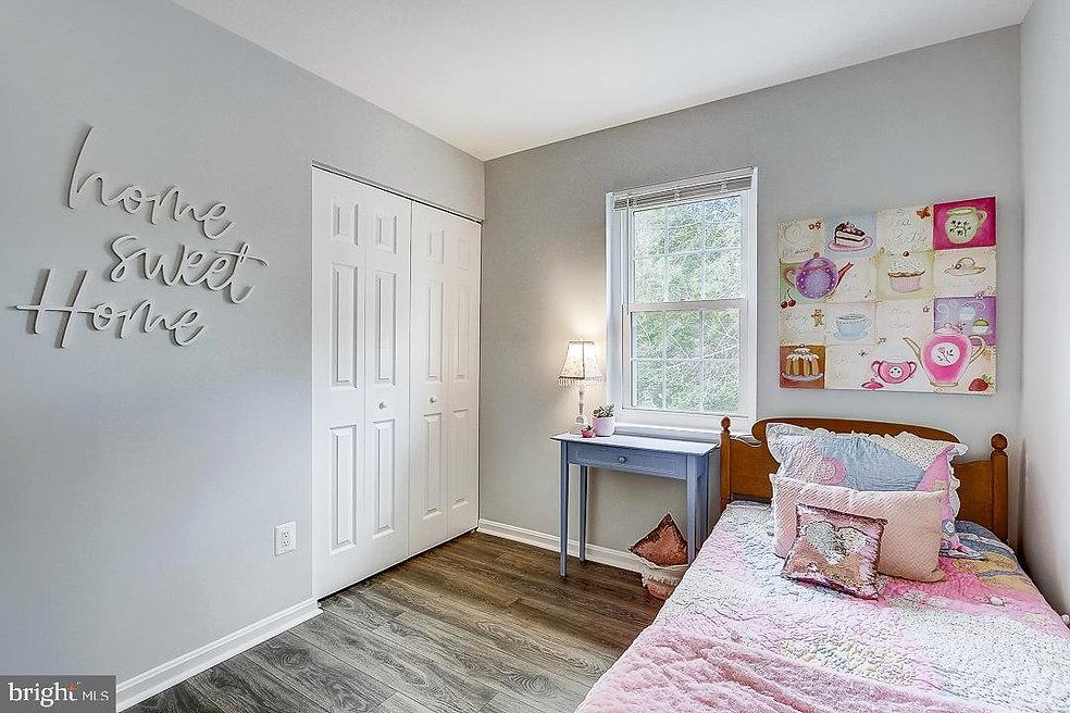 pink_bedroom_mls2_use.jpg