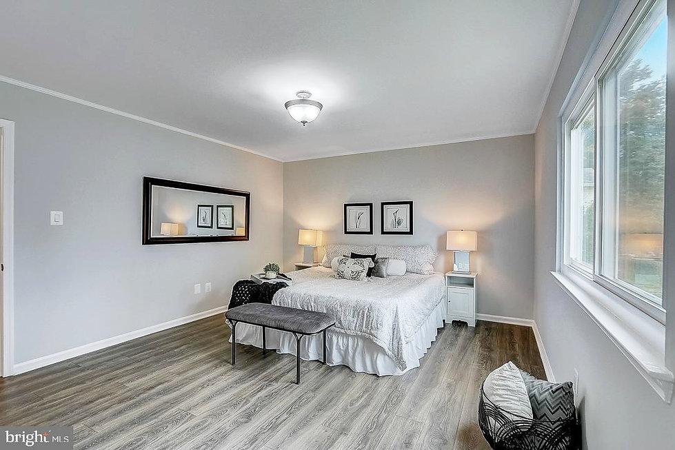 master_bedroom_mls_use.jpg