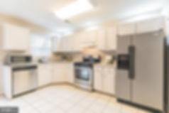 kitchen2_edited.jpg