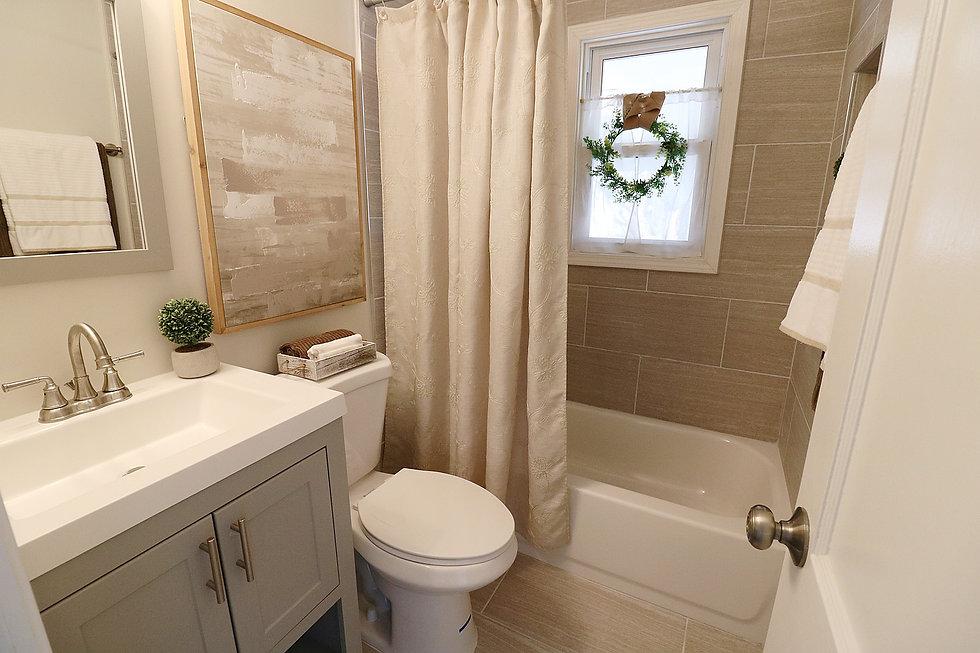 bathroom_shower.jpg