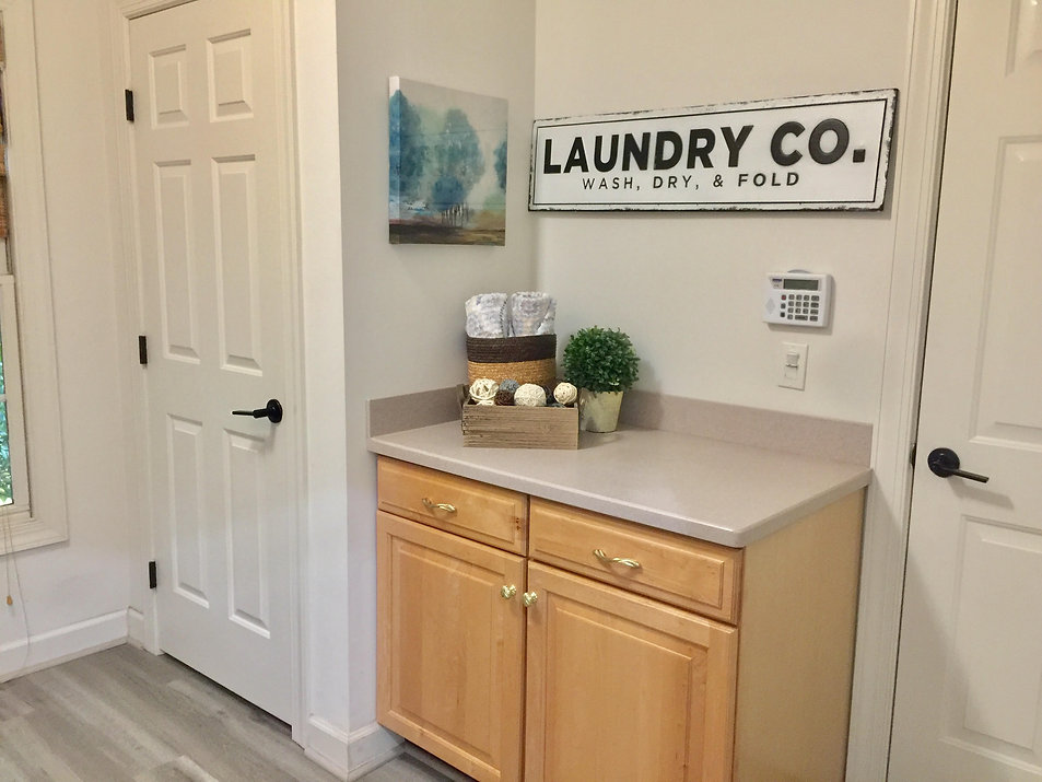 laundry_room_alt_angle.jpg