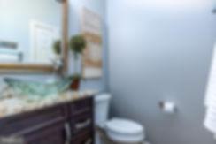 bathroom_main_level.jpg