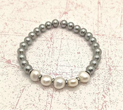 Bracelet en perles d'eau douce gris clair/blanche naturelle