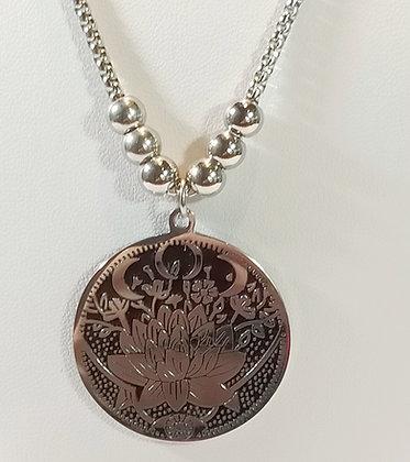 Chaîne/pendentif médaille argenté lotus