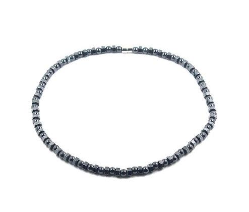 Collier magnétique noir hématite