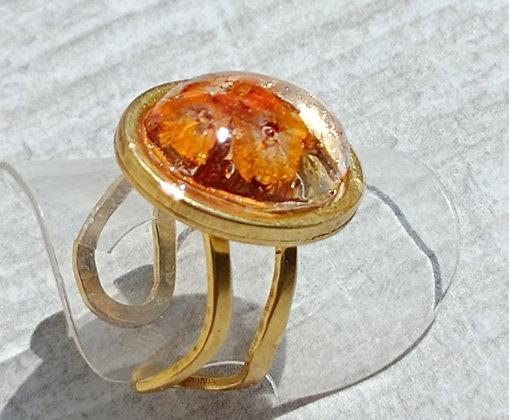 Bague résine ovale doré fleur orange #21