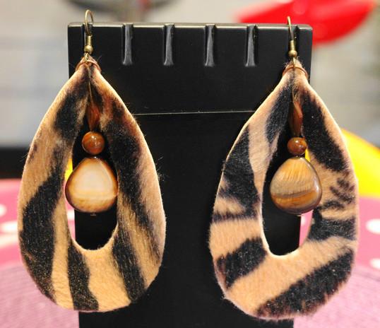 B.O. pantère et perles de nacre