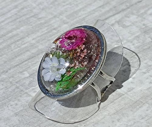 Bague résine ovale argenté fleur bleu/fushia #11