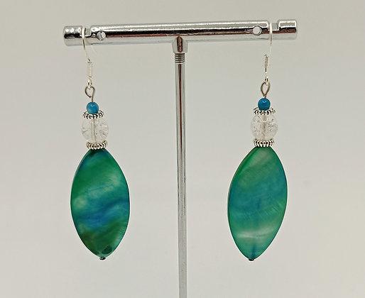 B.O. en perles de nacre ovale turquoise/blanc/argenté