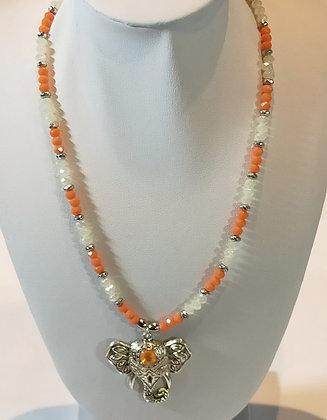 Tour de cou perles à facettes blanc/orange éléphant argenté