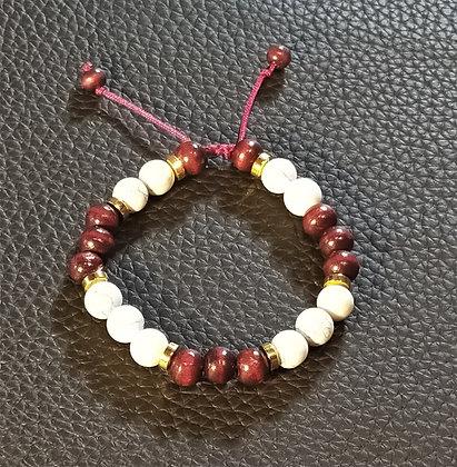 Perles en bois aubergine + perles naturelle Howlite + doré, ajustable