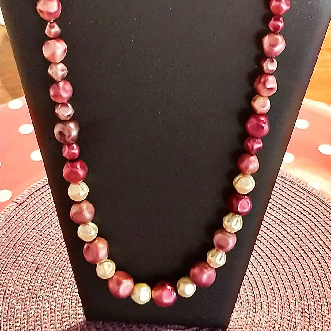 Collier grosses perles prune