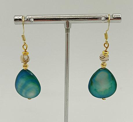 B.O. en perles de nacre goutte turquoise/blanc/doré
