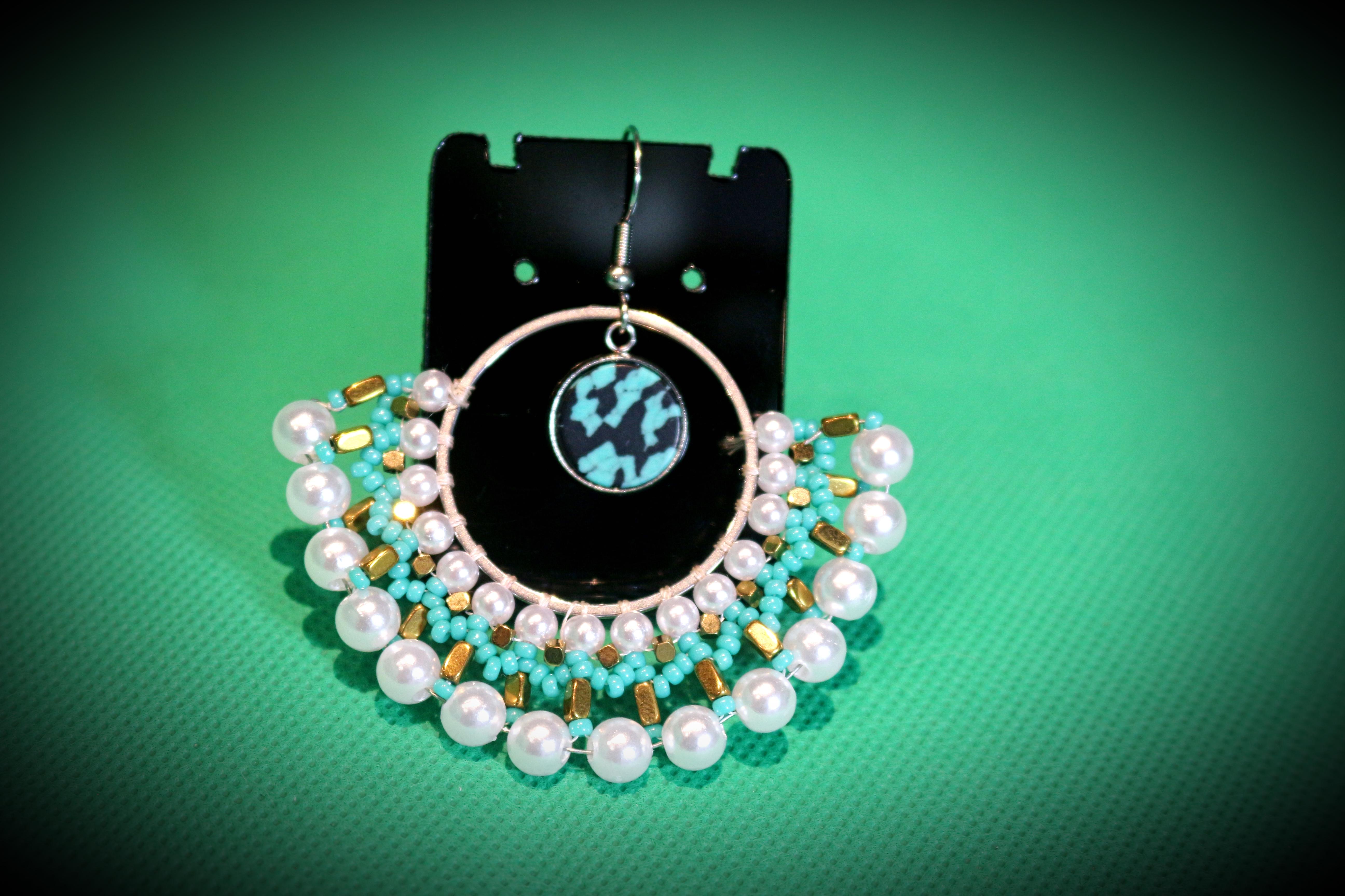 Créoles tissées perles
