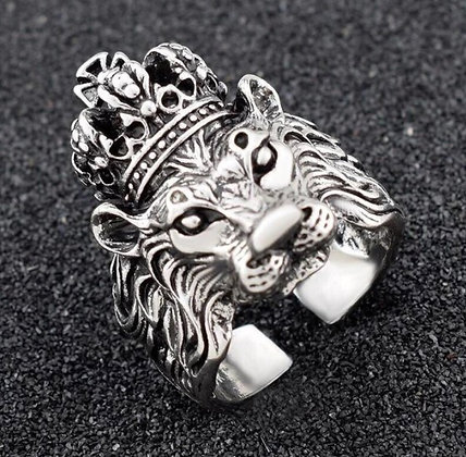 Bague homme lion avec couronne