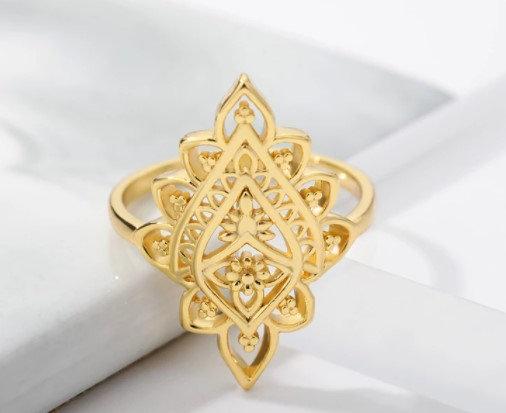 Bague en acier inoxydable géométrique doré