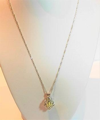 "Chaîne/pendentif ""Lotus illuminé"""