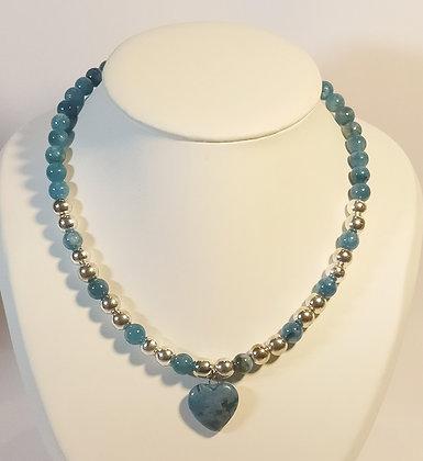 Collier en Apatite bleu/hématite cœur