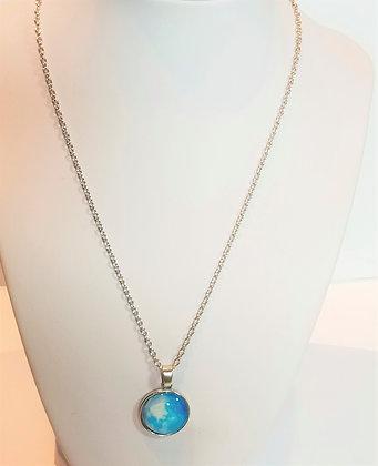 Chaîne/pendentif lune bleu