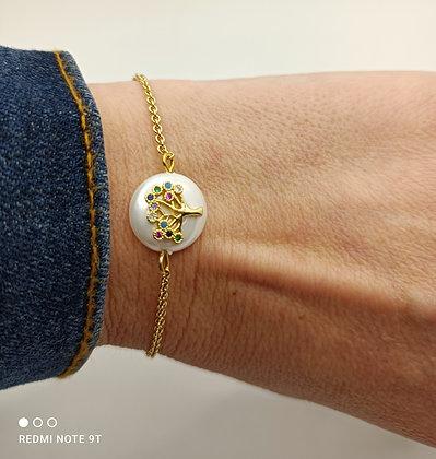 Bracelet doré arbre sur perle nacré