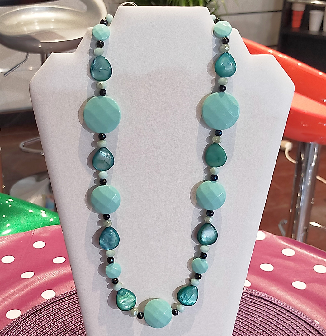 Grosses perles turquoise