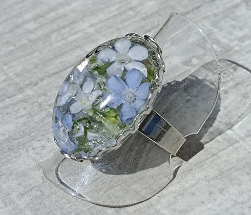Bague résine ovale argenté fleurs bleu #13