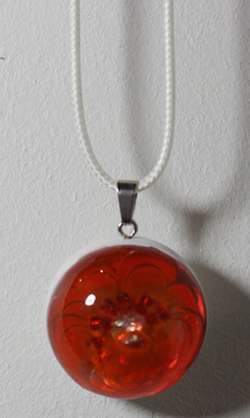 Demi-sphère rose rouge