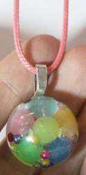 Demi-sphère perles néon (phosphorescentes)